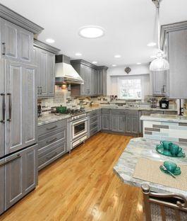 Stunning grey wash kitchen cabinets ideas 17