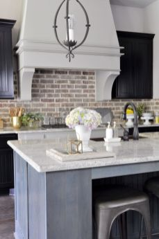 Stunning grey wash kitchen cabinets ideas 43