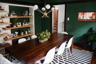 Stylish dark green walls in living room design ideas 03