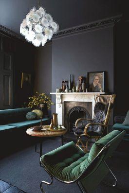 Stylish dark green walls in living room design ideas 32