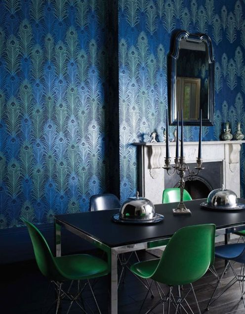 Stylish dark green walls in living room design ideas 47