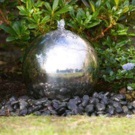 Stylish outdoor garden water fountains ideas 10