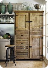 Amazing stand alone kitchen pantry design ideas (4)