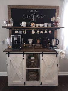 Amazing stand alone kitchen pantry design ideas (49)
