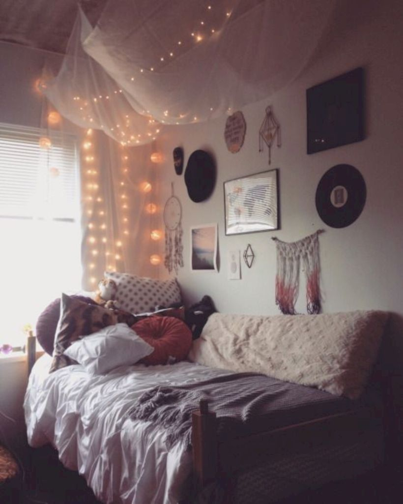 Cozy Bohemian Teenage Girls Bedroom Ideas (15)