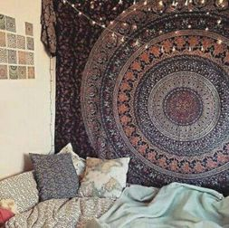 Cozy bohemian teenage girls bedroom ideas (27)
