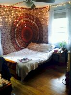Cozy bohemian teenage girls bedroom ideas (30)