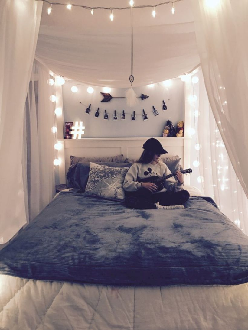 Cozy Bohemian Teenage Girls Bedroom Ideas (32)
