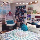 Cozy bohemian teenage girls bedroom ideas (42)