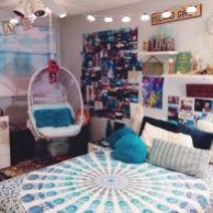 Cozy bohemian teenage girls bedroom ideas (42)