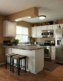 Inspiring u shaped kitchen ideas with breakfast bar (55)