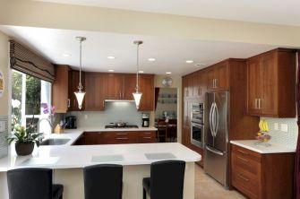 Inspiring u shaped kitchen ideas with breakfast bar (8)