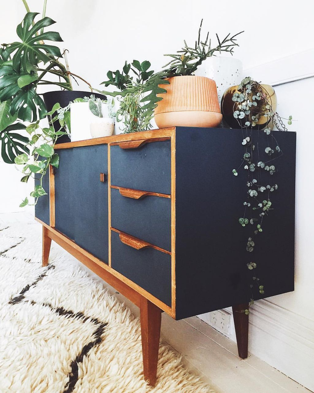 Mid century modern apartment decoration ideas 02