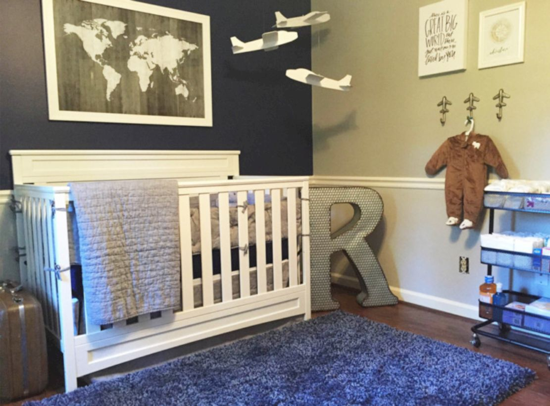 Simple baby boy nursery room design ideas (28)