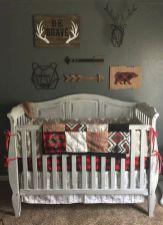 Simple baby boy nursery room design ideas (33)