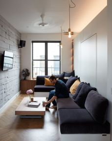 Small modern industrial apartment decoration ideas 46