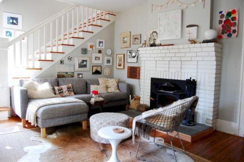 Stylish dark wood floor ideas for your living room (14)