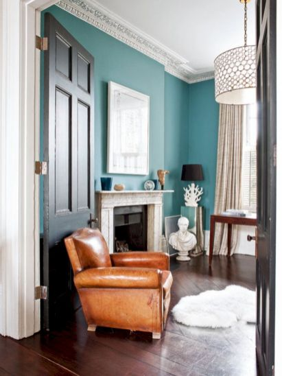 Stylish dark wood floor ideas for your living room (3)