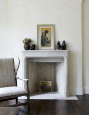 Stylish dark wood floor ideas for your living room (38)