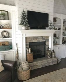Adorable christmas living room décoration ideas 40 40