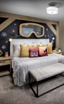 Adorable and fun christmas kids room design ideas 10