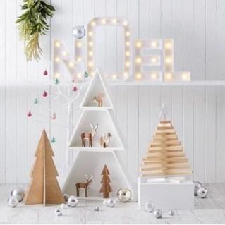 Adorable and fun christmas kids room design ideas 46