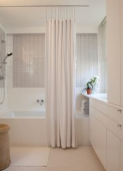 Affordable shower curtains ideas for small apartments 19