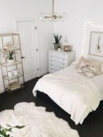Amazing black and white bedroom ideas (25)