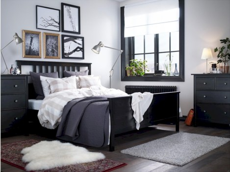 Amazing black and white bedroom ideas (5)