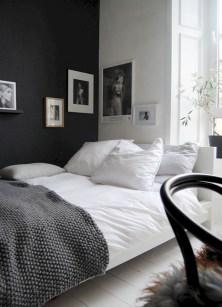 Amazing black and white bedroom ideas (6)