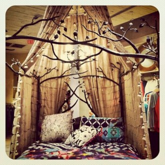 Amazing bohemian bedroom decor ideas 12