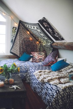 Amazing bohemian bedroom decor ideas 21