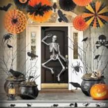 Amazing halloween window decoration ideas 34