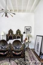 Antique and unique bedroom decorating ideas 25