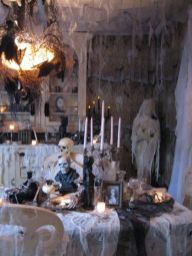 Awesome halloween indoor decoration ideas 28 28