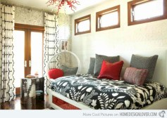 Beautiful bedrooms design ideas with swing chairs 32