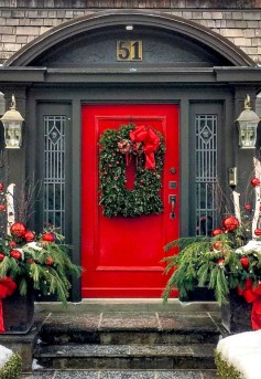 Beautiful christmas decoration ideas in red domination 05