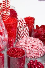 Beautiful christmas decoration ideas in red domination 33