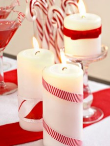 Beautiful christmas decoration ideas in red domination 38