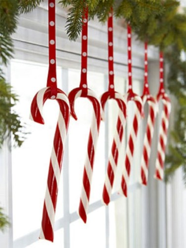 Beautiful christmas decoration ideas in red domination 52