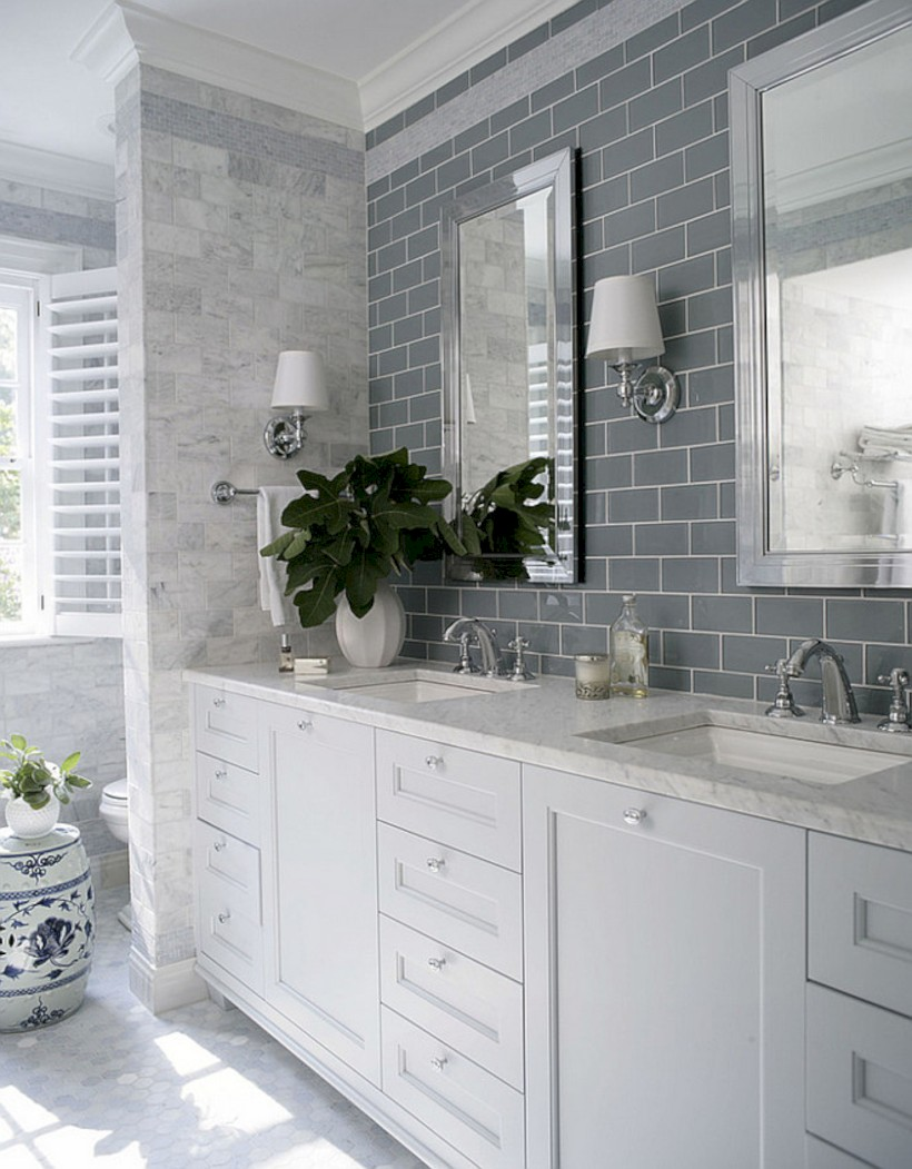 Beautiful subway tile bathroom remodel and renovation (15)