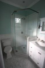 Beautiful subway tile bathroom remodel and renovation (22)