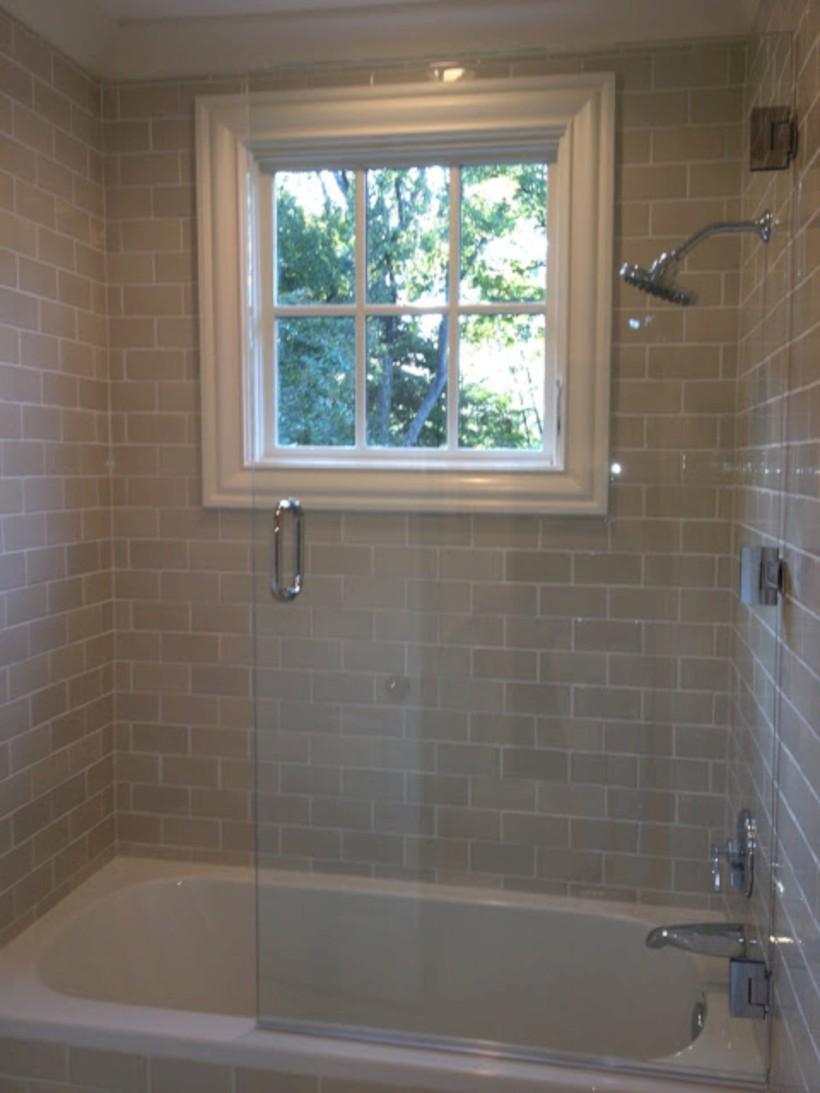 Beautiful subway tile bathroom remodel and renovation (33)