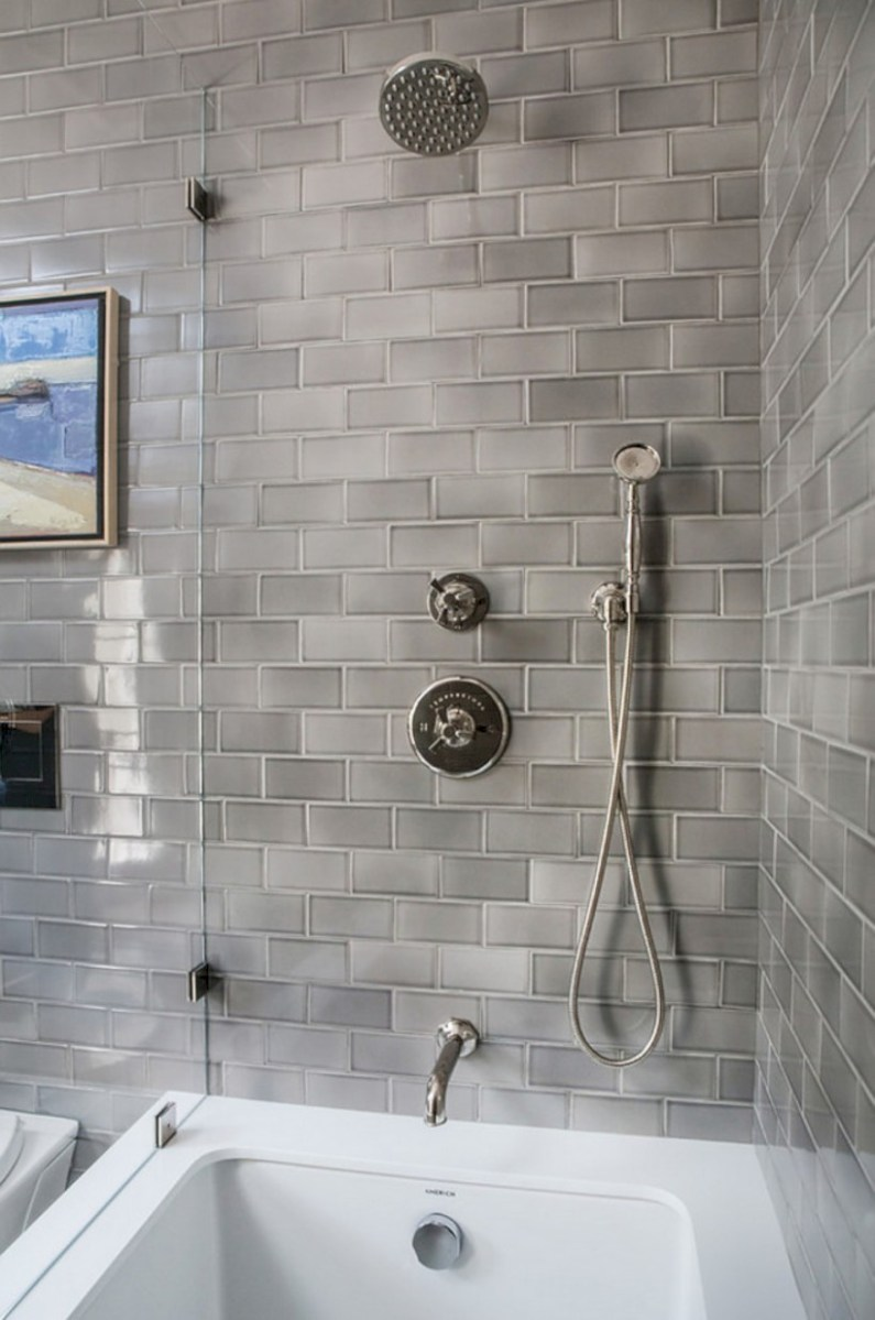 Beautiful subway tile bathroom remodel and renovation (37)