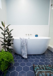 Beautiful subway tile bathroom remodel and renovation (48)
