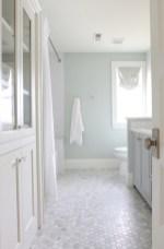 Beautiful subway tile bathroom remodel and renovation (58)