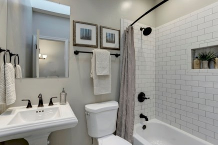 Beautiful subway tile bathroom remodel and renovation (7)
