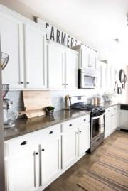 Budget friendly kitchen makeover ideas 27