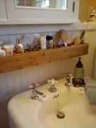 Cool organizing storage bathroom ideas (50)