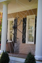 Creative diy halloween decorations using spider web 03